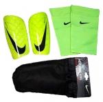 Щитки Nike с чулками